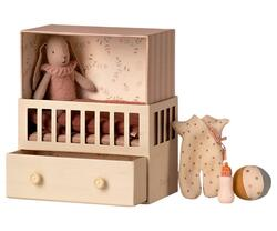 Maileg - Baby room w/Micro bunny - Pre-order - Expected in stock from 15-5-2021