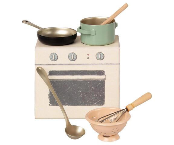 Maileg - Stove / cooking set with accessories