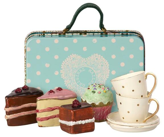 Maileg - Suitcase with cakes and cups for 2