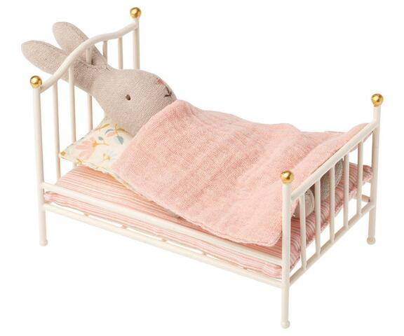 Maileg - Bed vintage off. white - Reserved